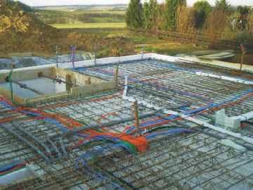 Leerrohr auf betondecke befestigen